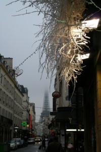 tour-eiffel-hiver-brouillard