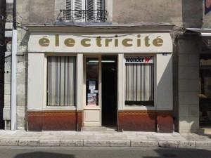 vitrines-electricite-raphaele-heliot